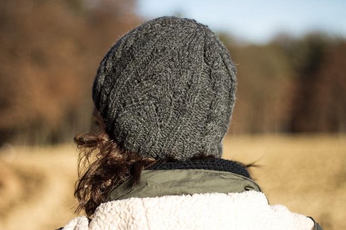diy mütze mit zopfmuster stricken handmade selber machen