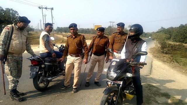 अरेड़ व बेनीपट्टी पुलिस ने चलाया सघन वाहन जांच