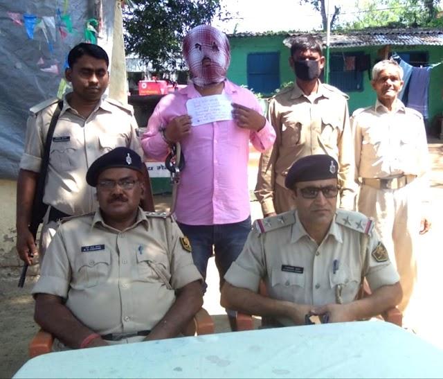 बाइक और सात हजार रुपये लूट मामले के आरोपी गिरफ्तार