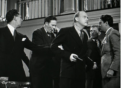 Still - The jury foreman is marked for death in The Man They Could Not Hang (1939)