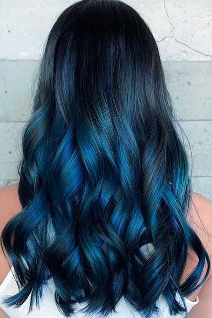 Se você quer fazer uma mudança no visual e tem dúvida do que fazer, essa é uma ótima chance de você se encontrar e fazer o que realmente vai te deixar incrível. Muitas pessoas tem dúvidas de que cor pintar o cabelo, por isso é importante sempre ter dicas e ideias para fazer a melhor escolha. Aqui temos algumas dicas para você pintar o cabelo de acordo com a sua personalidade, qual cor combina mais com você? Escolha a sua cor.