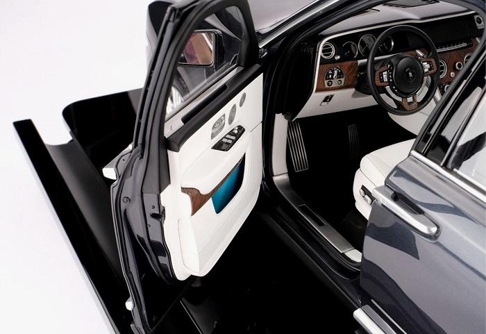 Rolls-Royce 1:8-Scale Cullinan Model Replica Price