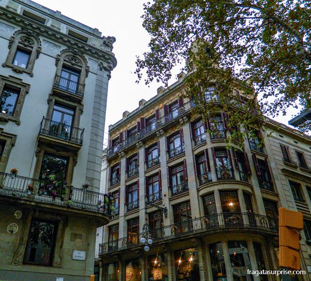Casarões nas Ramblas de Barcelona