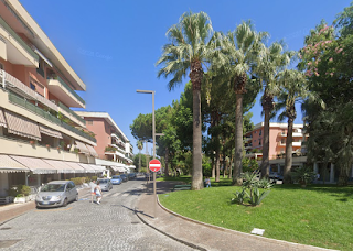 Piazza Angelina Lauro in Sorrento, opposite the railway station, is named after Achille Lauro's first wife