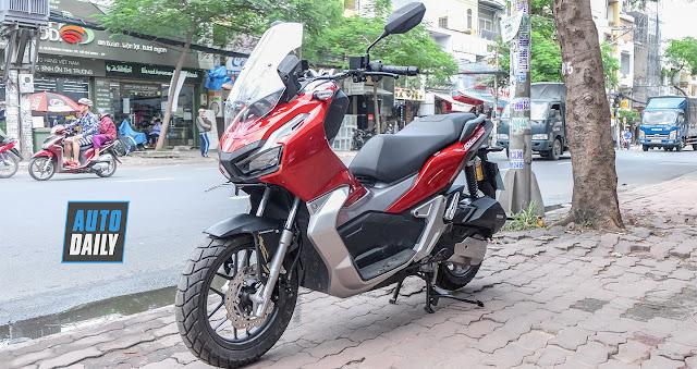 SPORTS GA MOTORCYCLE, CHOOSE YAMAHA NVX 155 OR HONDA ADV 150?