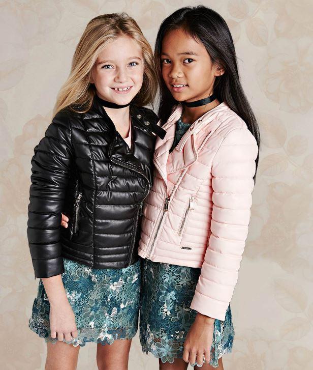 pretty nice 8d270 e96d6 Guess Kids A/I 2017-18: Stile USA che piace - Nerapoesia ...