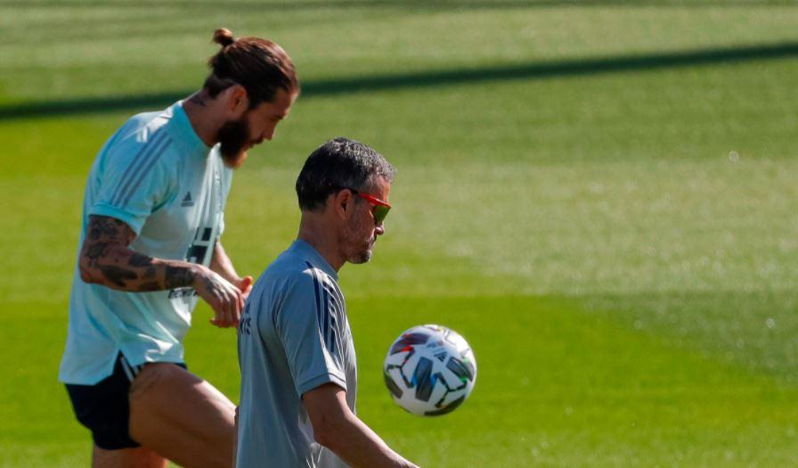 Sergio Ramos queda fuera de la convocatoria de España