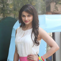 glorious and stylish Prachi desai in pink at i me aur mein