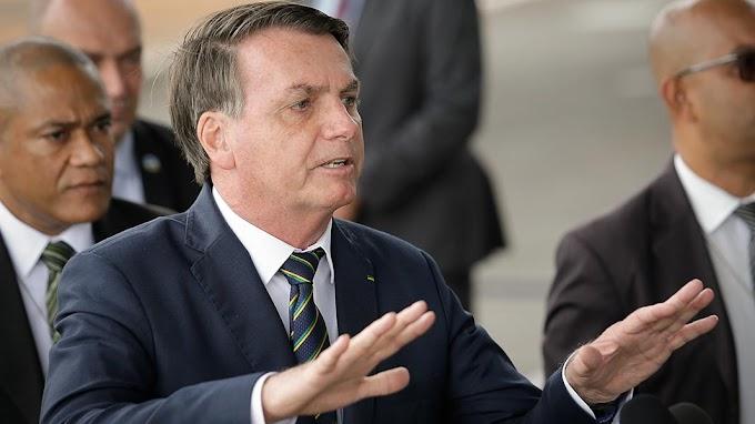 Após trocar presidente, Bolsonaro diz que não 'briga' com Petrobras, mas quer 'previsibilidade'