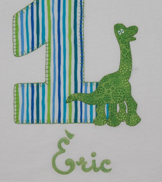 camiseta cumpleaños 1 año dinosaurio