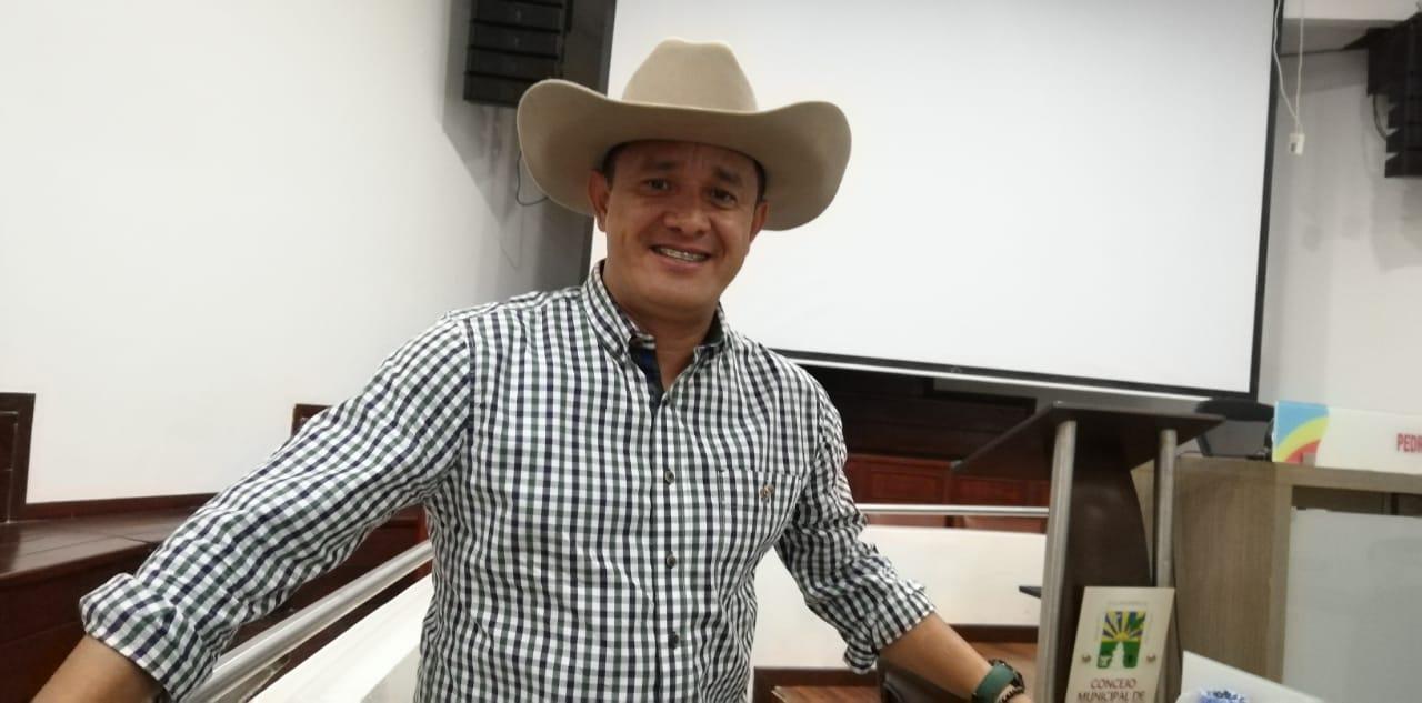 Barbosa Posada, había sido suspendido del cargo de concejal, por el Tribunal Administrativo del Meta