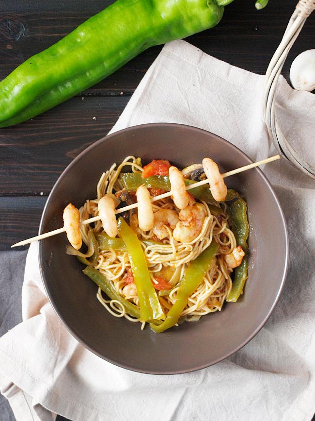 Fideos Chinos Con Gambas Un Nuevo Plato Con Toque Oriental Jaleo En La Cocina