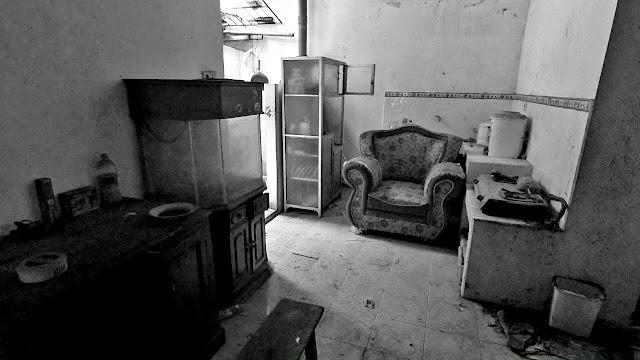 Rumah jutawan bunuh diri semarang joe kal