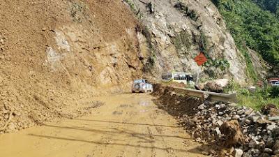 INVÍAS habilita con paso controlado la vía Quibdó - Medellín