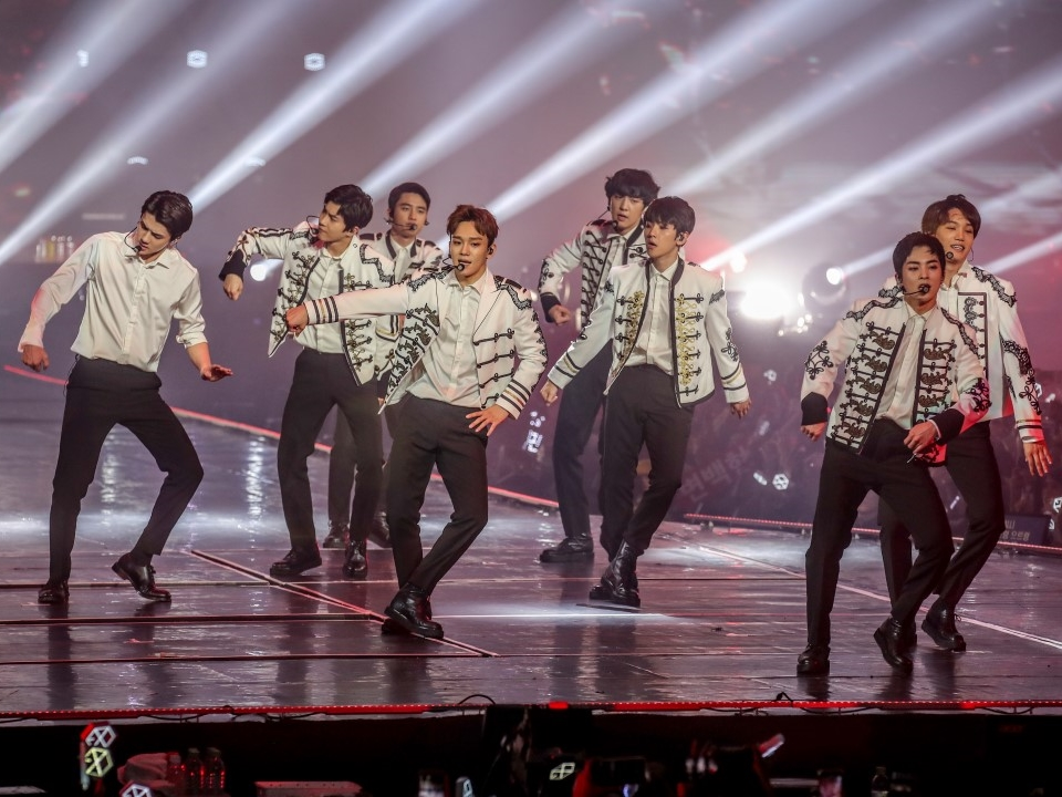 Exo Shows Off Their Power At Sold Out Concert In Malaysia Thehive Asia