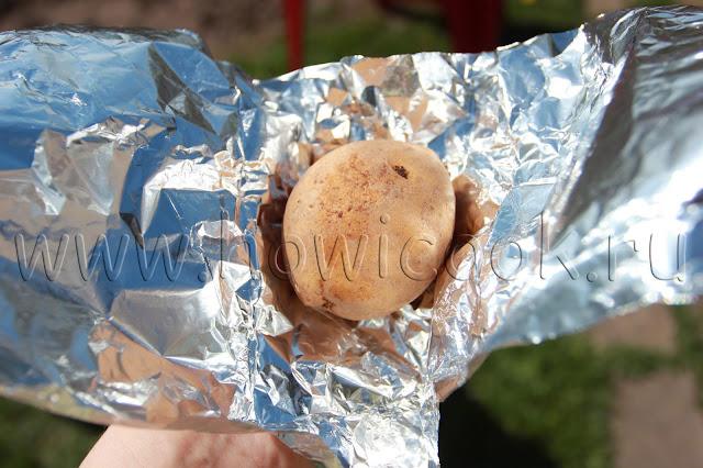 рецепт печеного картофеля в углях с пошаговыми фото