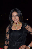 Sakshi Agarwal looks stunning in all black gown at 64th Jio Filmfare Awards South ~  Exclusive 107.JPG