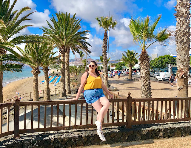 Plus size solo female travel blogger in Lanzarote