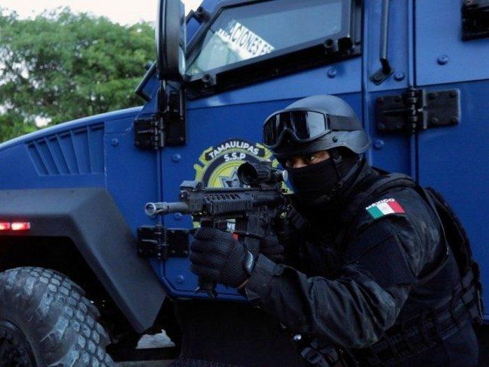 El Chino, un Policía Estatal Tamaulipeco, recluto a compañeros para crear un grupo especial de Sicarios al Servicio del Cártel del Noreste