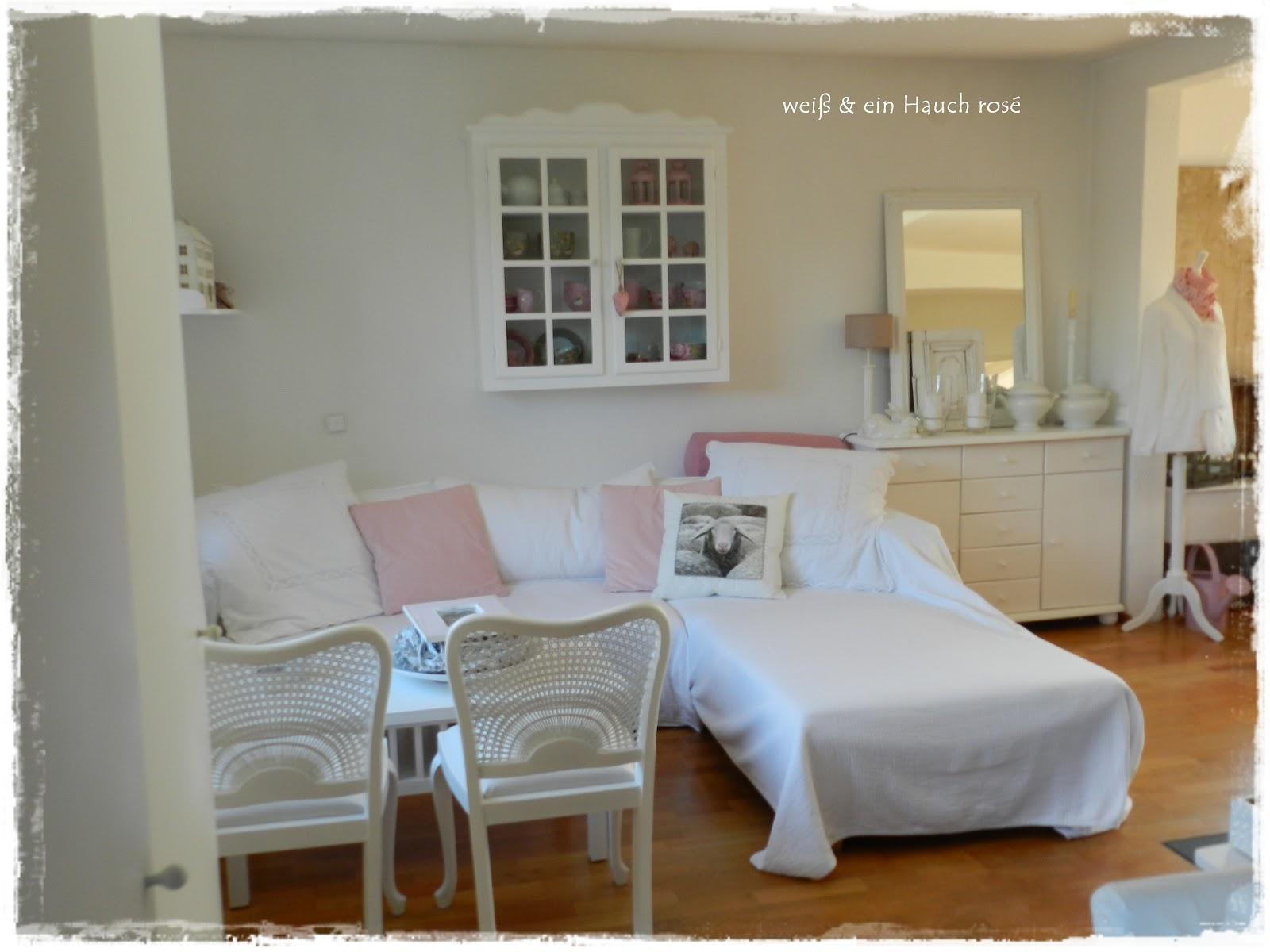 wei ein hauch ros sofa mal andersrum buch zum tr umen. Black Bedroom Furniture Sets. Home Design Ideas