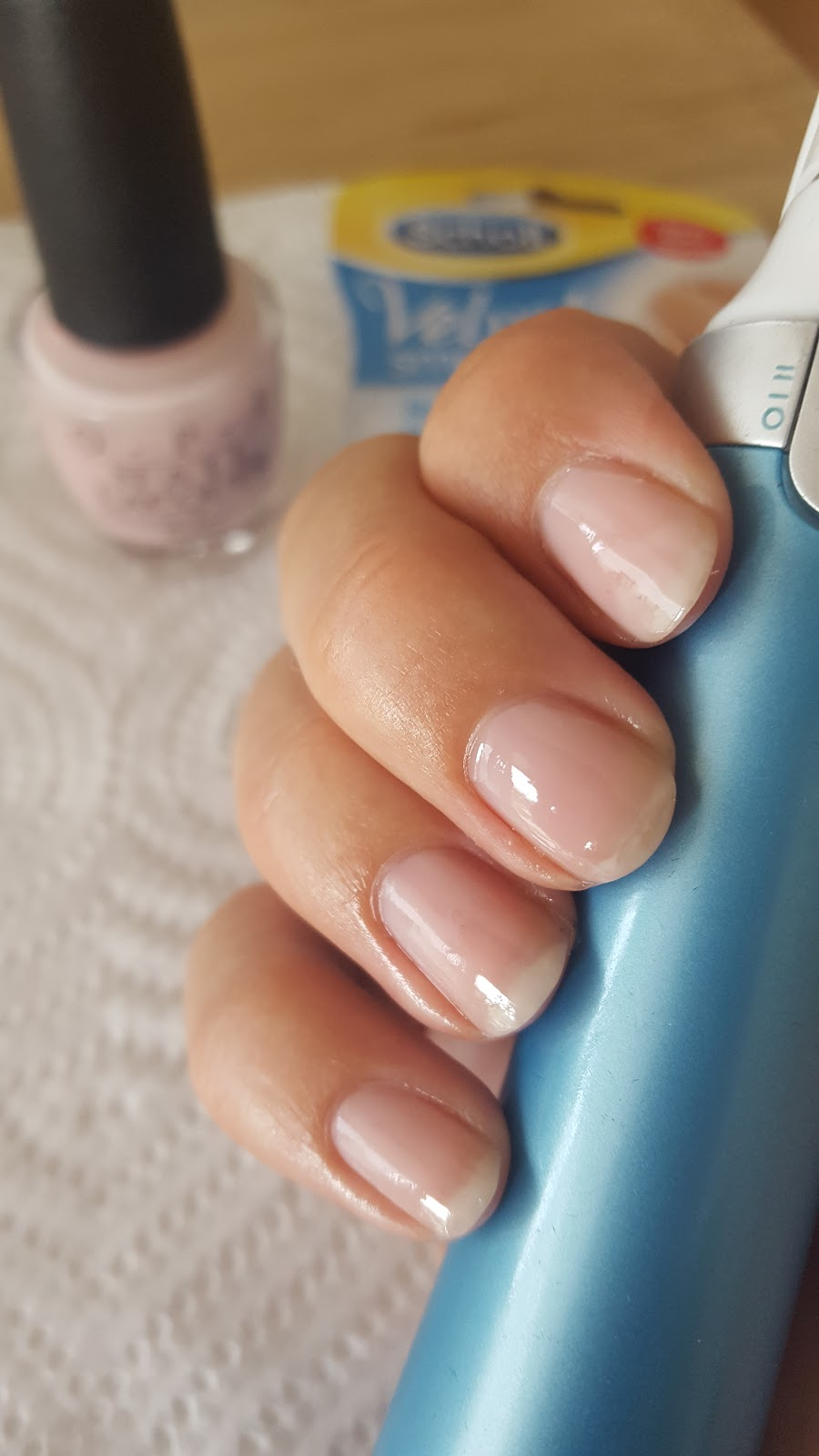 Scholl - Velvet Smooth Electronic Nail Care System - KatyStyle