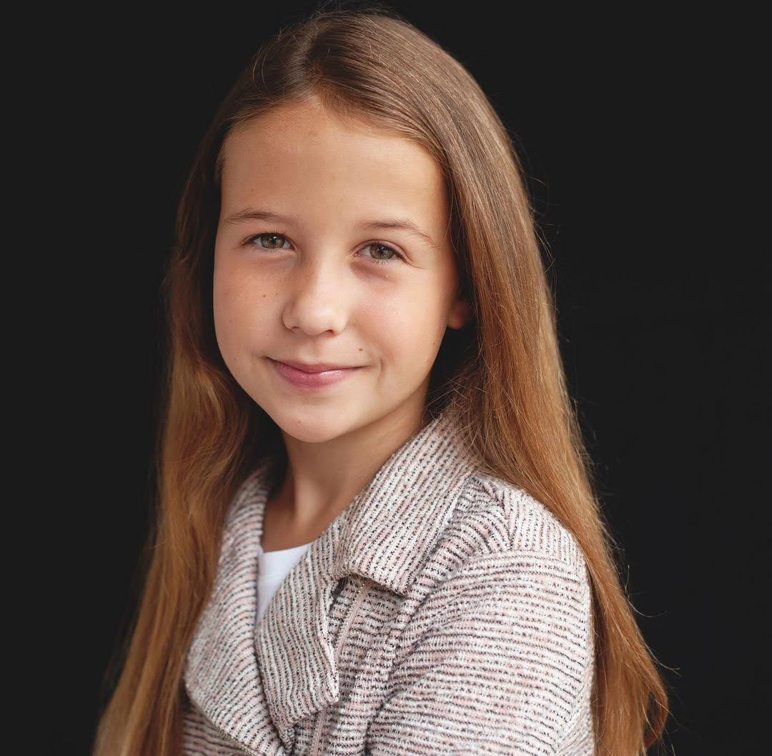 Anna Campbell: Age, Wiki, Trivia | FilmiFeed