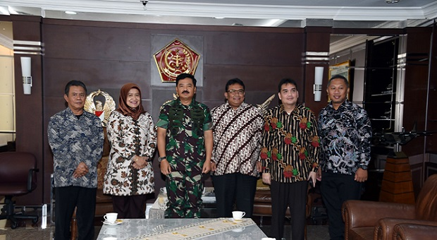 Panglima TNI Terima Kemenristek Dikti RI