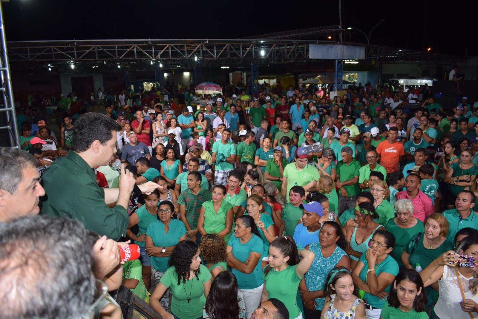 Em Pedro Avelino, Walter Alves participa de comício em apoio a Alexandre e  Elson - Tribuna de Noticias