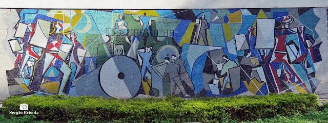 Close-up do Painel de Di Cavalcanti na fachada do Novotel - Jaraguá - São Paulo