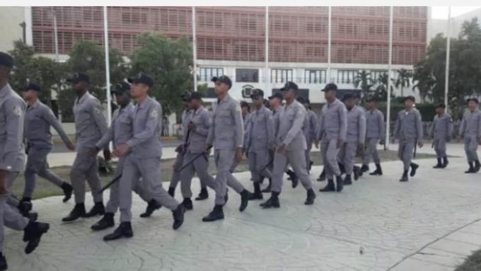 Militarizan Congreso Nacional por anuncio de que el presidente del PLD va a protestar en contra de su partido