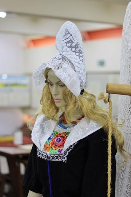 Boneca de imigrante holandesa no Museu de Holambra.