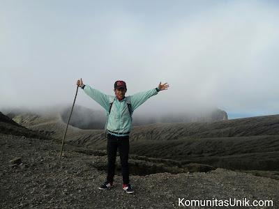 Padang Pasir Gunung Kelud via mBlitar