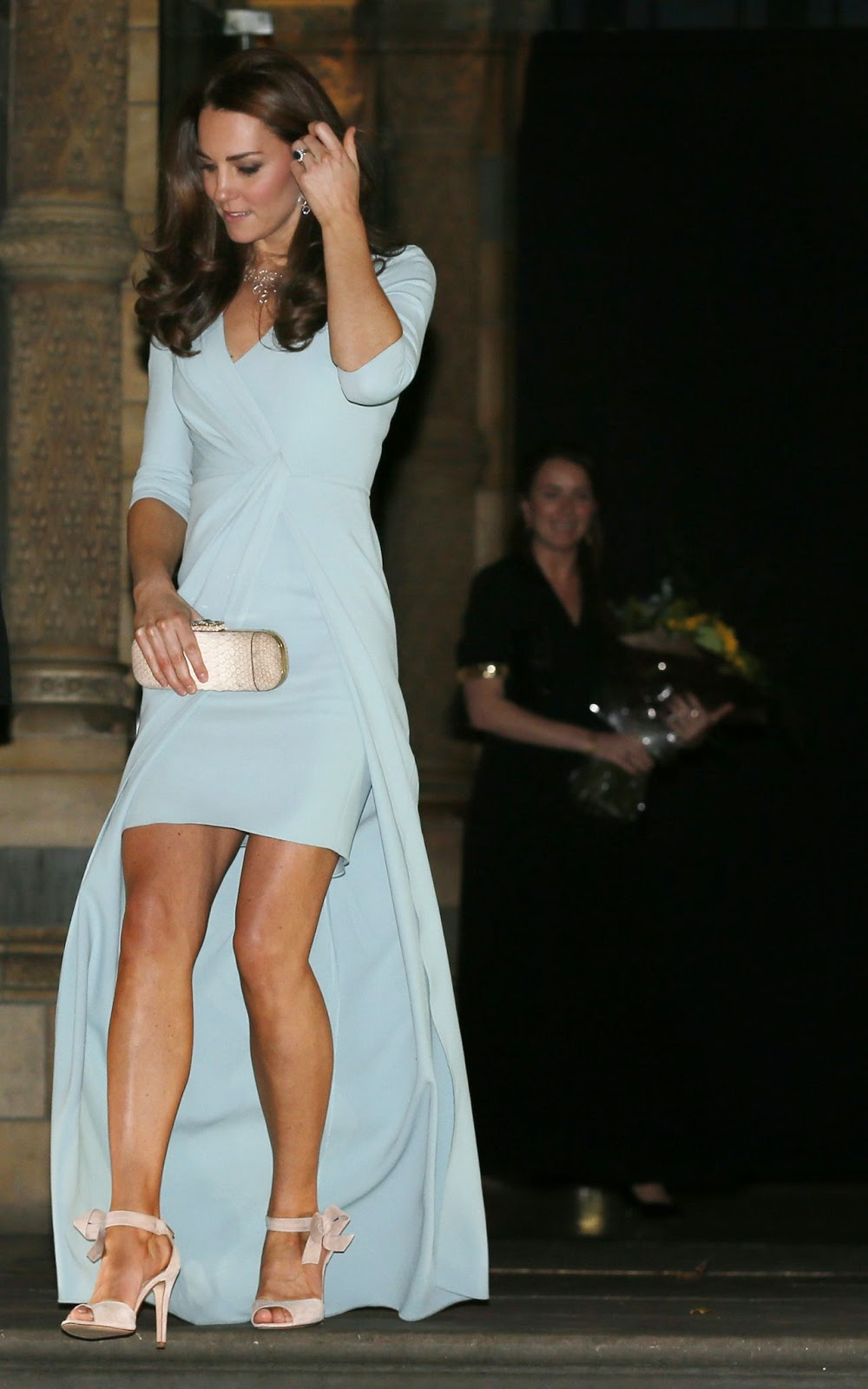 Princes Kate With Blue Dresses And Shoes