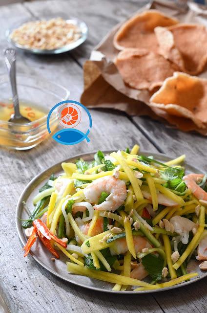 bánh phồng cá Châu Đốc làm từ cá Thát lát