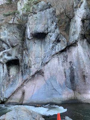 般若岩その2