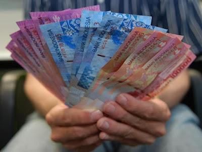 Mengatur Keuangan Bulanan