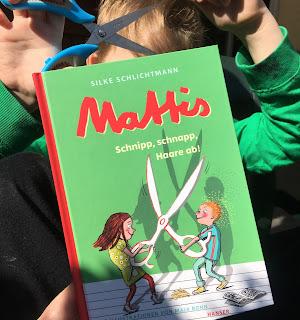 """Mattis: Schnipp, schnapp, Haare ab!"" Autorin: Silke Schlichtmann Illustrationen: Maja Bohn Verlag: Hanser"