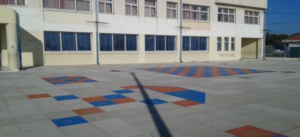 ΤΡΑΓΩΔΙΑ σε ΔΗΜΟΤΙΚΟ σχολείο στο ΜΕΝΙΔΙ! Έχασε τη ζωή του 10χρονος