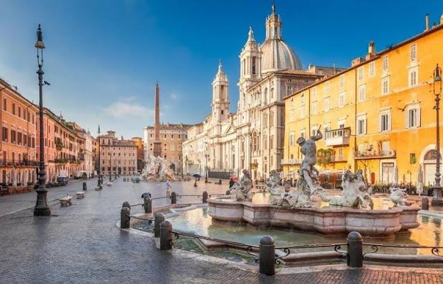 Piazza Navona  rome , italy