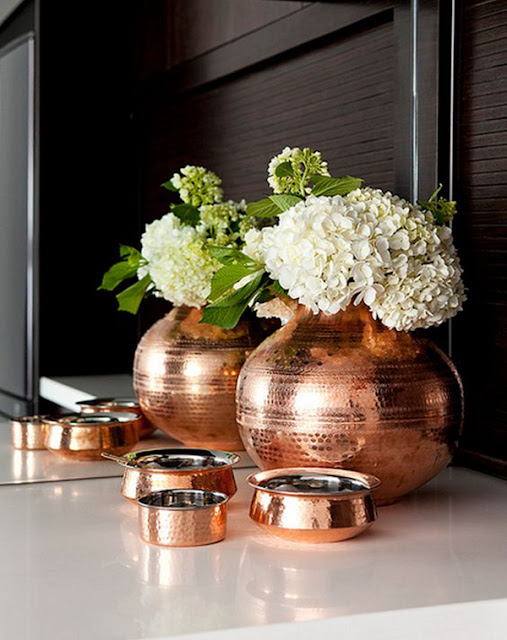 decoracao-rose-gold-vasos-abrir-janela