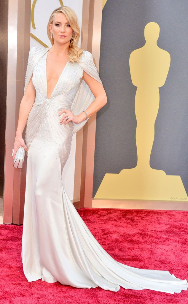 Kate Hudson in a white Versace gown at the Oscars 2014