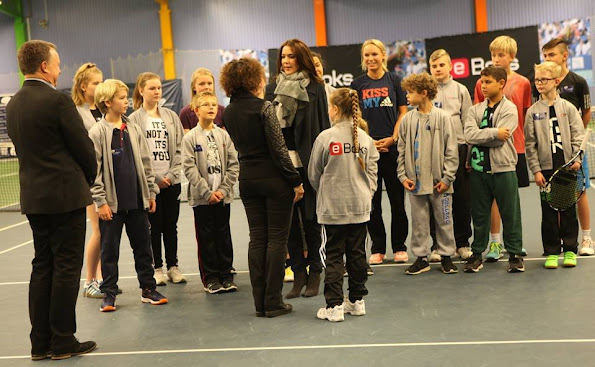 Crown Princess Mary at Children's Aid Day Tennis Event ...