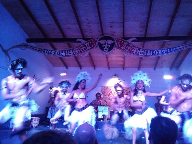 Grupo de baile Varua Ora, Hanga Roa, Isla de Pascua