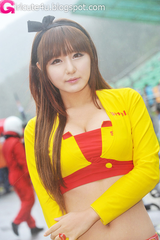 xxx nude girls: Ryu Ji Hye in Brown