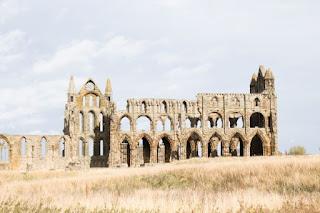 Church ruins - Photo by Kirsten Drew on Unsplash