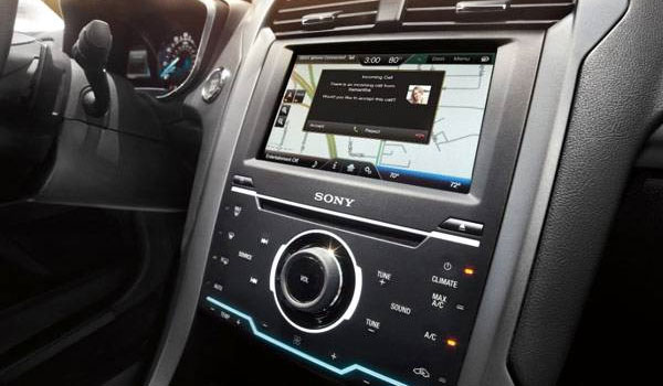 http://www.geekyharsha.in/2015/12/ford-updates-5m-cars-with-siri.html#