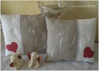 http://silviainpuntadago.blogspot.it/2011/03/i-gatti-stilizzati-diventati-due.html