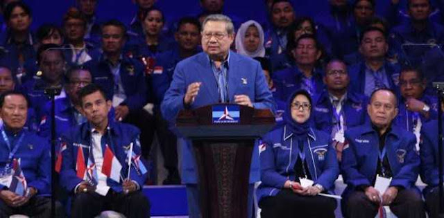 SBY Puji-puji Jokowi: Apa Yang Kau Cari Tuan?