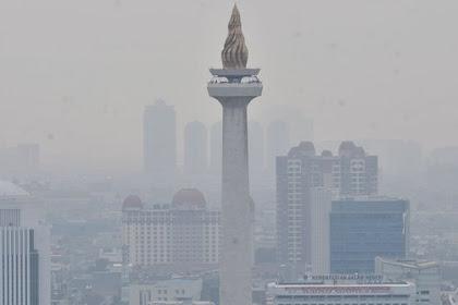 Atasi Polusi, Anies Akan Perbanyak Penghijauan dan Solar Panel