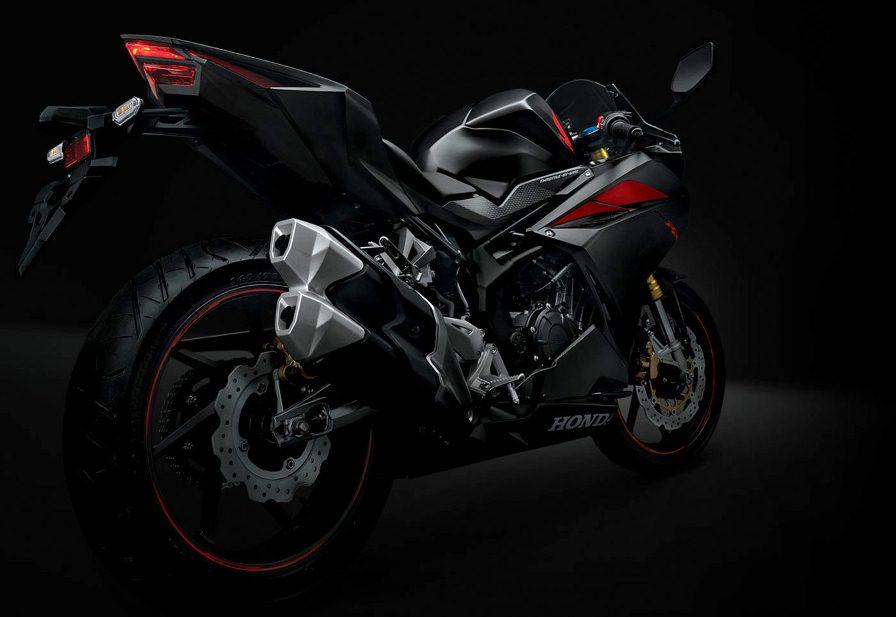 Honda resmi memperkenalkan All New CBR 250RR 2 silinder . . Honda mencoba untuk all out dan out of the box ?